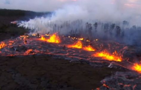 Hawaii Volcanoes Fissure Eruption 2