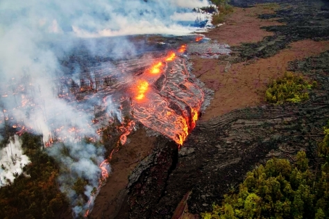 Hawaii Volcanoes Fissure Eruption 3