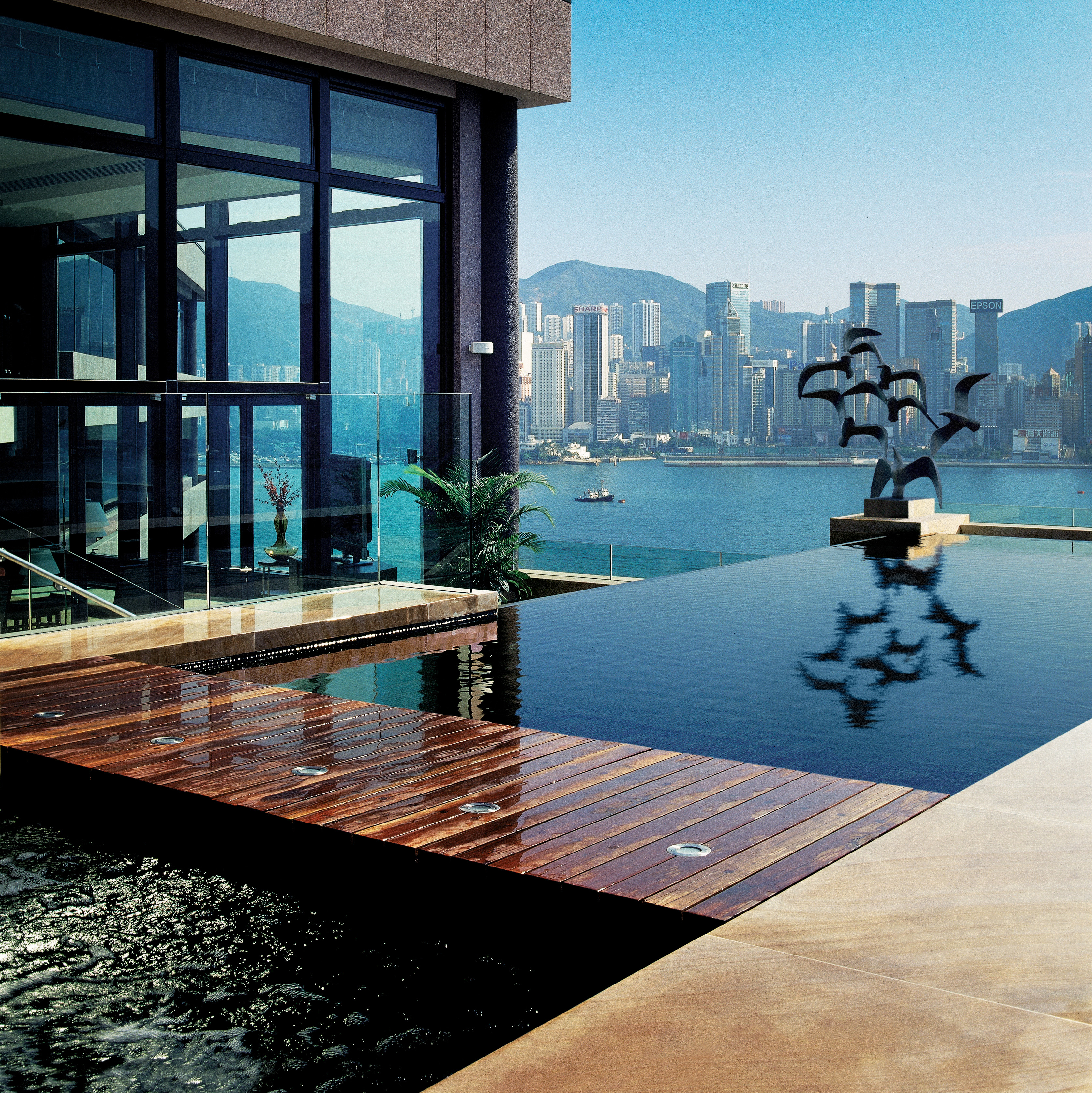 5 spectacular infinity pools cool notion quest. Black Bedroom Furniture Sets. Home Design Ideas